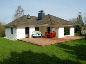 Bungalow Ostseeferienhaus Sonnenschein