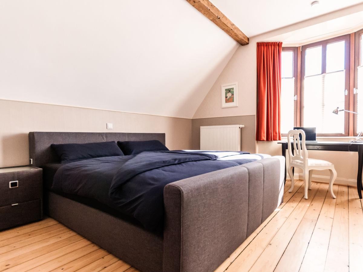 schlafzimmer im keller erfahrungen bambus bettdecken aldi amazon lampe schlafzimmer ikea. Black Bedroom Furniture Sets. Home Design Ideas