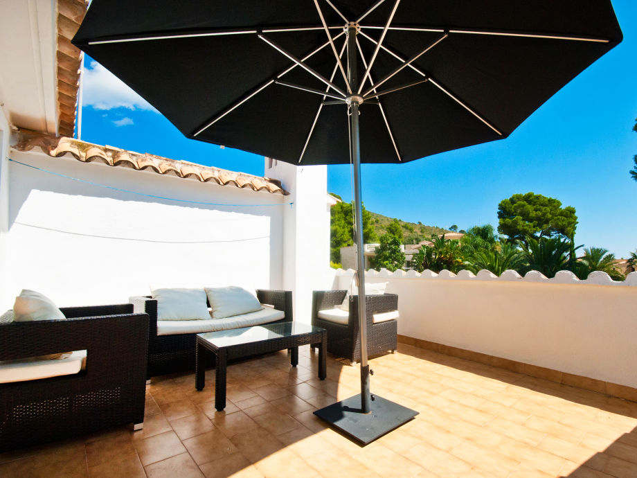 Sunny furnished terrace