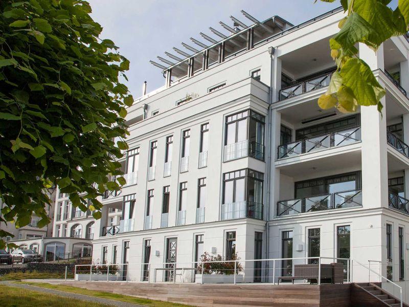 """Ferienwohnung Sellin 02 - Villa """"Philine"""" direkt am Hochufer"""