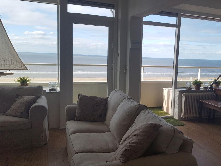 Wohnzimmer mit Meeresblick