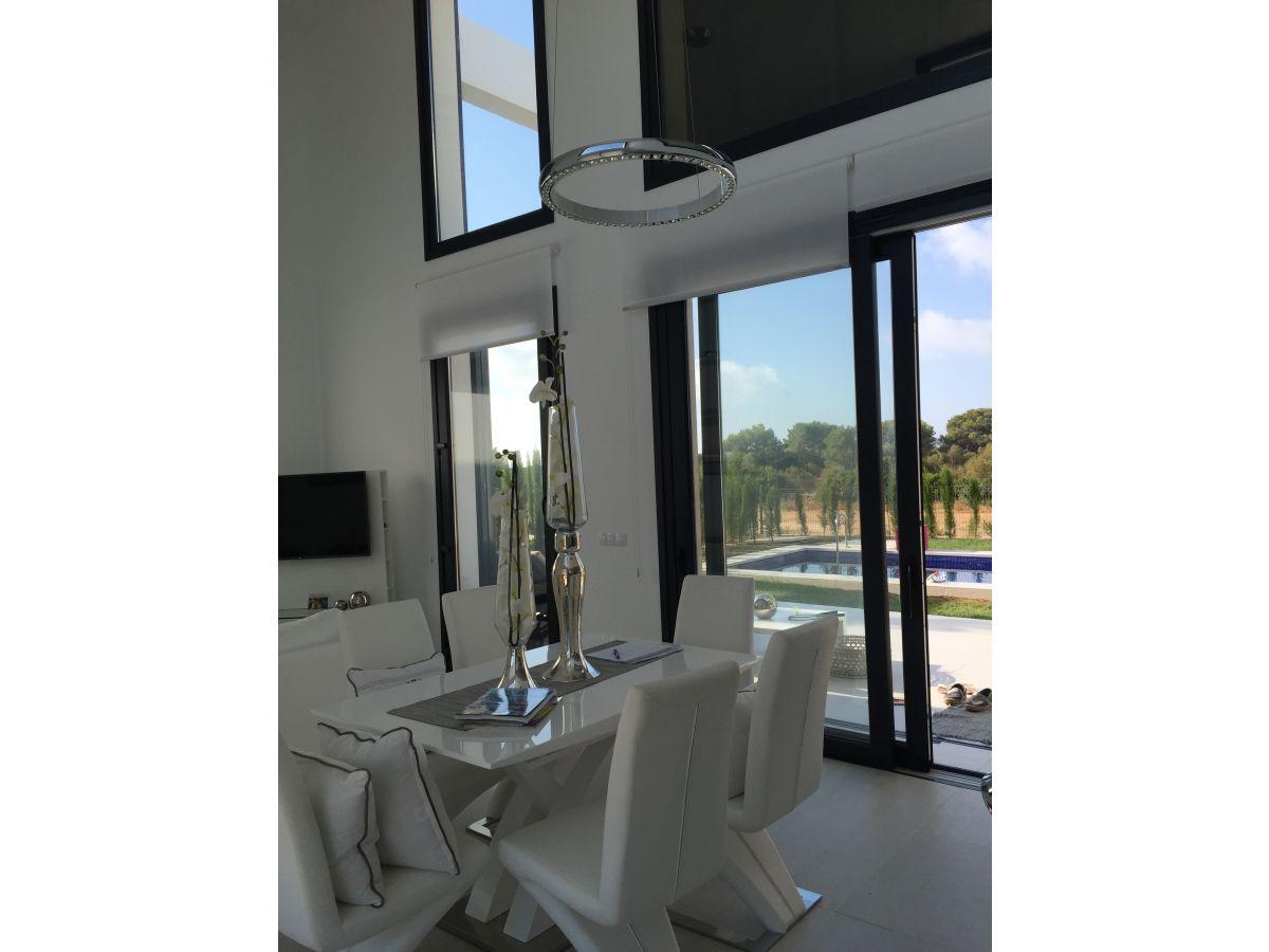 designer traumdomizil villa cala murada mallorca frau veronika guld. Black Bedroom Furniture Sets. Home Design Ideas