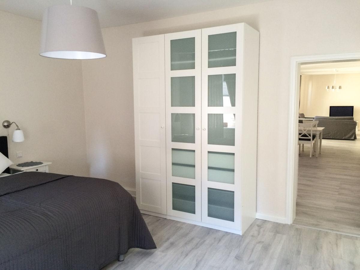 ferienwohnung regent deutsche weinstra e familie nadine. Black Bedroom Furniture Sets. Home Design Ideas