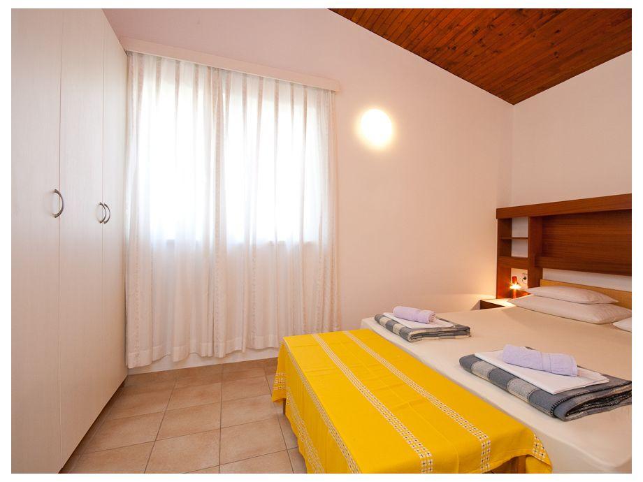 Gemütliches Schlafzimmer 1