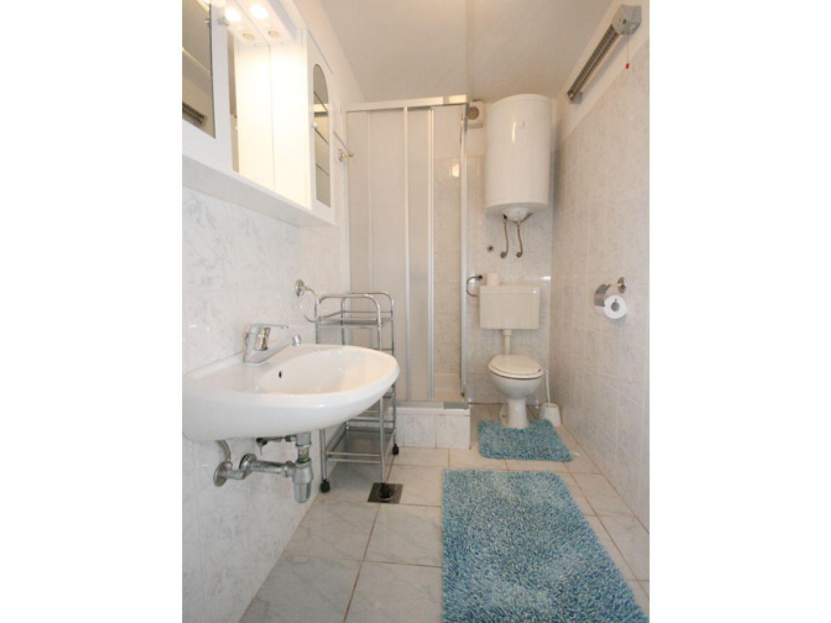 ferienwohnung 230 2 kvarner bucht firma reiseb ro blaue adria herr david kiwitt. Black Bedroom Furniture Sets. Home Design Ideas