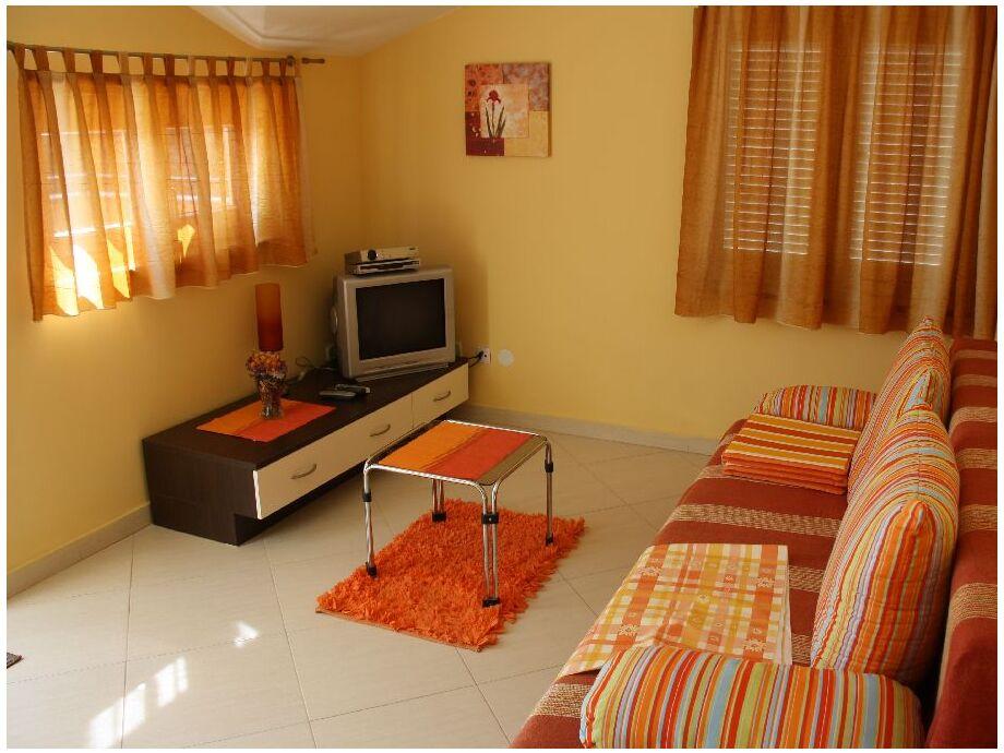 Gemütliches Wohnzimmer der Ferienwohnung