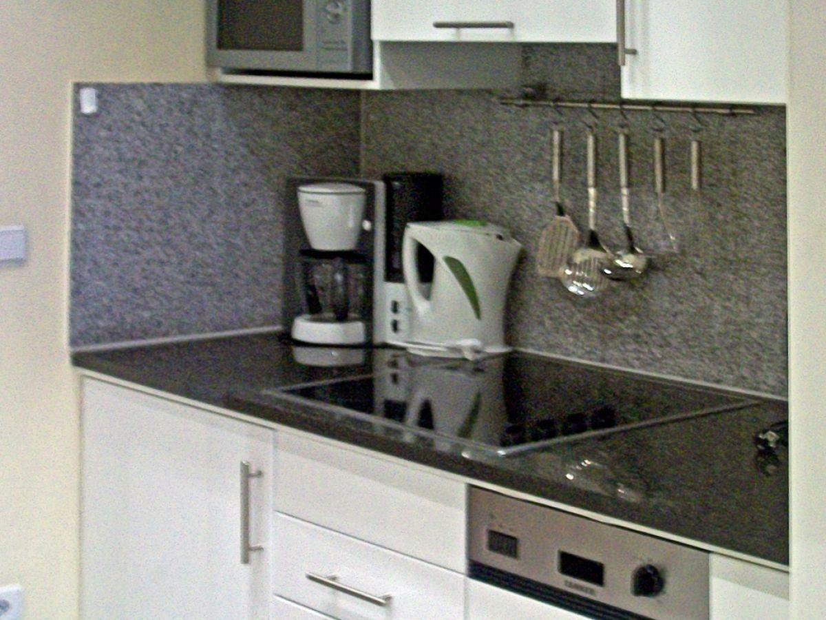 ferienwohnung nr 10 in der villa aegir mit traumhaftem meerblick ostsee binz firma. Black Bedroom Furniture Sets. Home Design Ideas