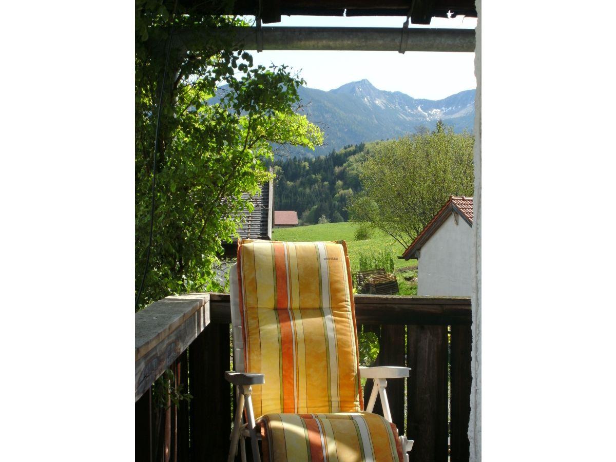 ferienwohnung almr serl fischbachau firma ferienhaus alt wohnung edelwei frau irmgard alt. Black Bedroom Furniture Sets. Home Design Ideas