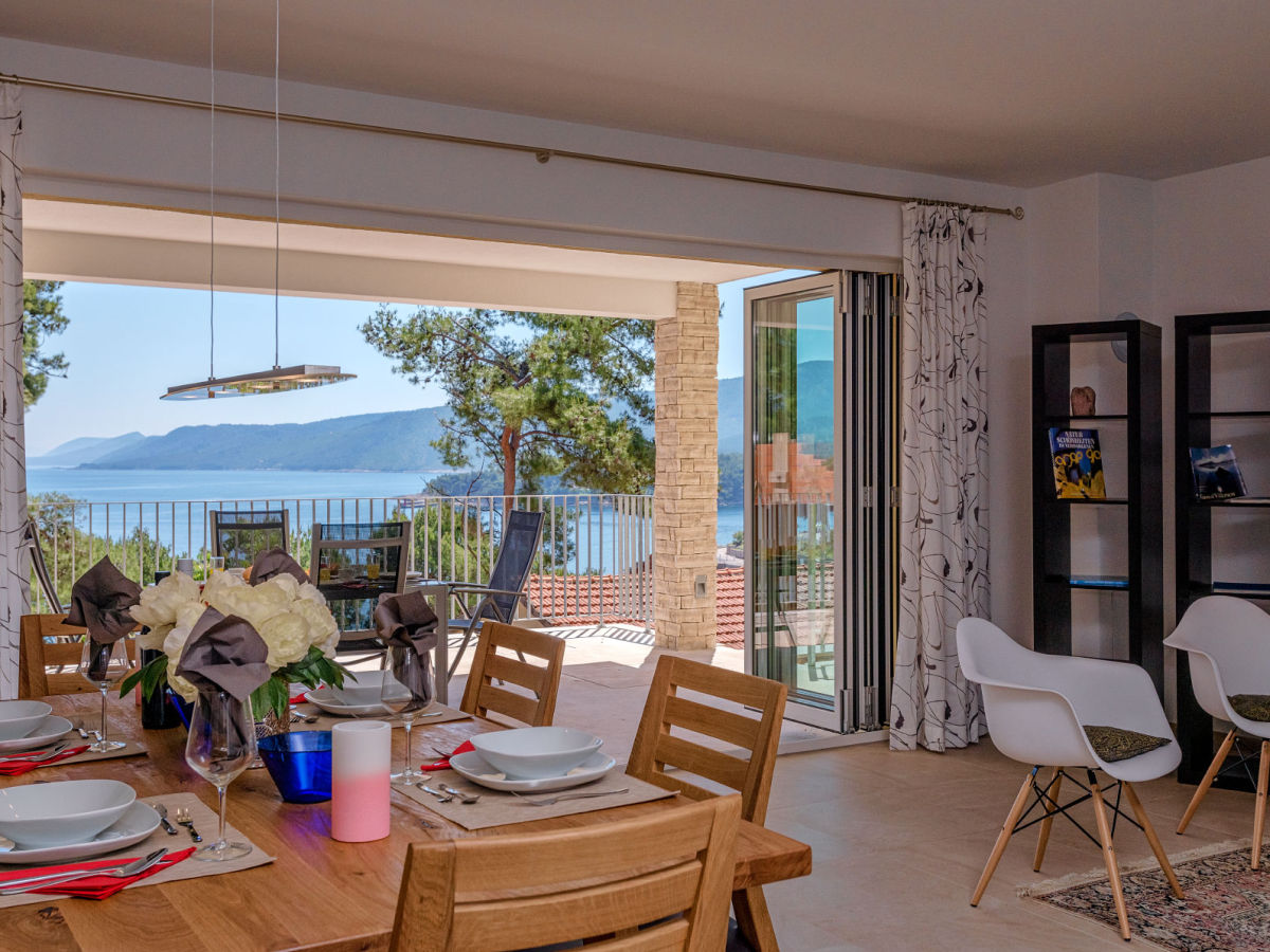 ferienwohnung villa gonzalez 2 insel hvar dalmatien kroatien firma terasa gonzalez d o o. Black Bedroom Furniture Sets. Home Design Ideas