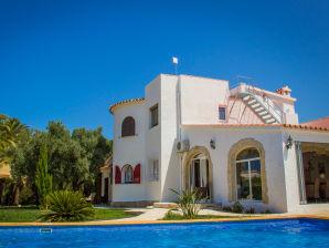 Villa de Alevtina