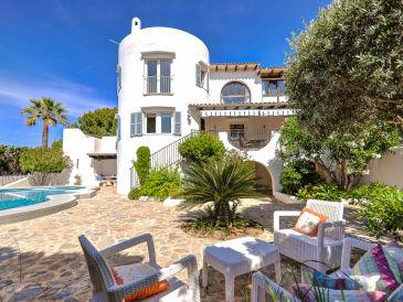 Ferienhaus Ibiza-Stil mit Pool 2679