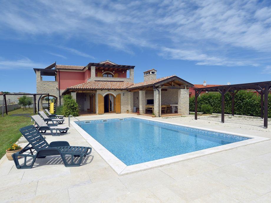 Villa 304