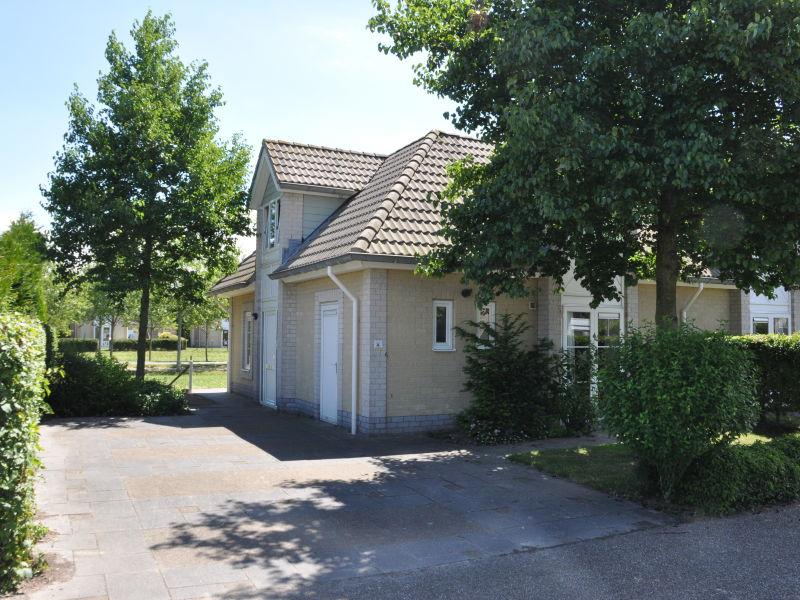 Villa Ter Duine im Ferienpark de Banjaard