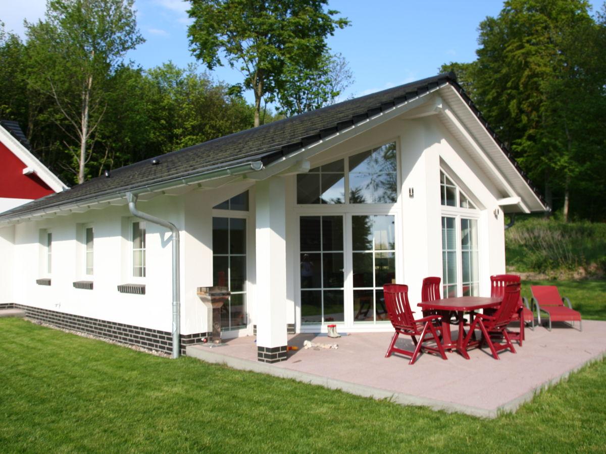 Ferienhaus Strandhus Sellin - Haus 2, Rügen - Familie Volker und ...