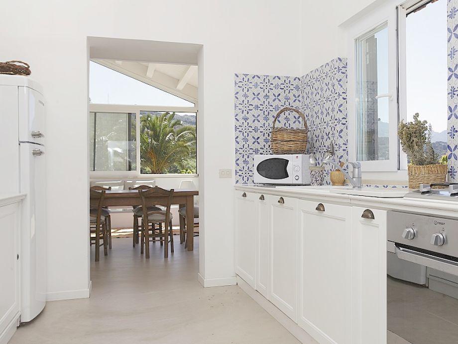 ferienwohnung villa deodata cefal palermo firma. Black Bedroom Furniture Sets. Home Design Ideas