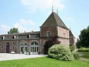 Schloss Sur les Douves