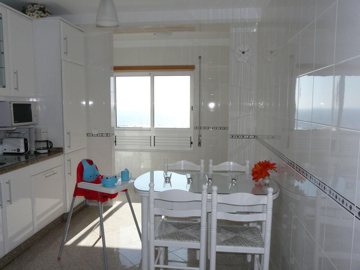ferienwohnung da silva am atlantik in vila praia de ancora costa verde herr j da silva m. Black Bedroom Furniture Sets. Home Design Ideas