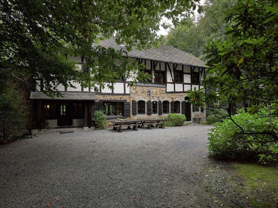 Außenaufnahme Villa Grandeur
