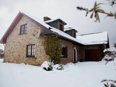 Villa East Canton