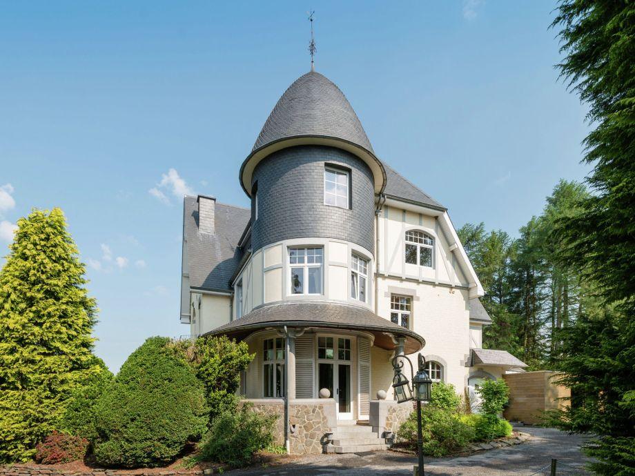 Außenaufnahme Château de luxe