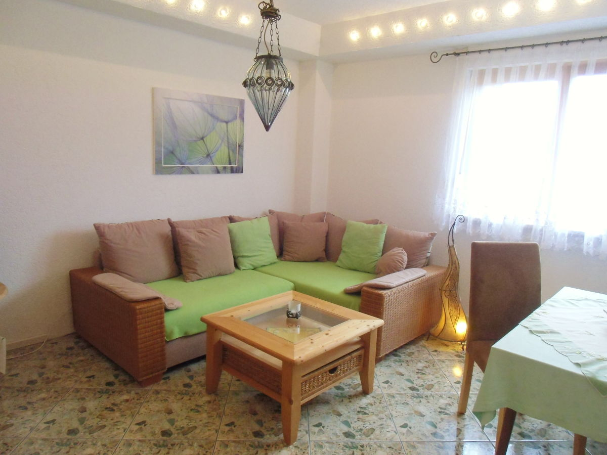 ferienwohnung schlossbergblick am rennsteig th ringer. Black Bedroom Furniture Sets. Home Design Ideas