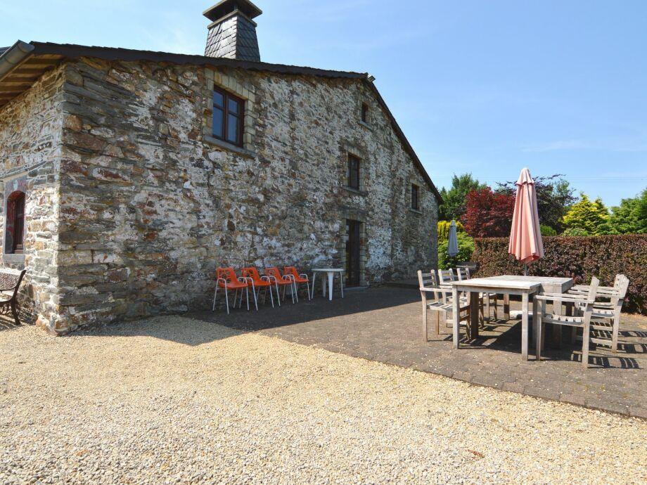 Außenaufnahme Les Camomilles en Fagne Fleurie