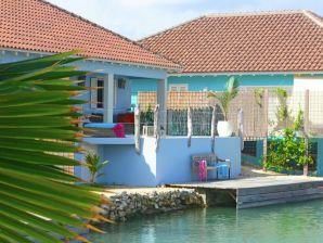 Villa Three Bedroom Bungalow