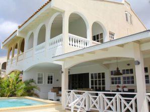 Villa Allure - Mambo Beach