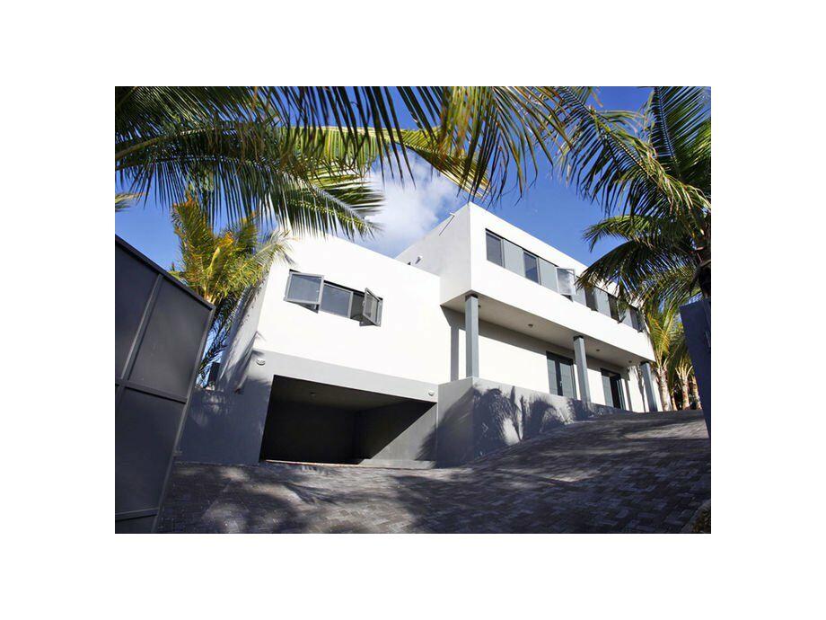 Außenaufnahme Lifestyle Villa - Jan Sofat