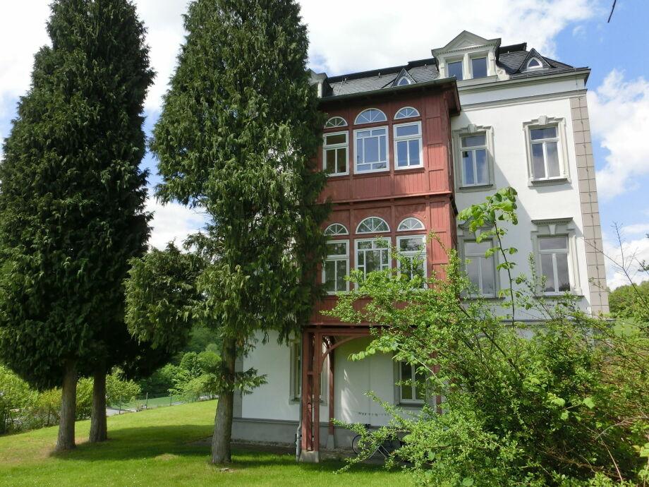 Außenaufnahme Villa im Erzgebirge