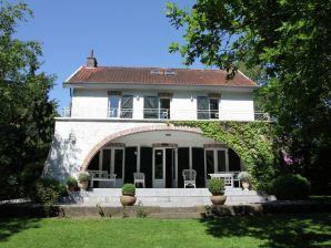 Ferienhaus Au Lit de la Canelle