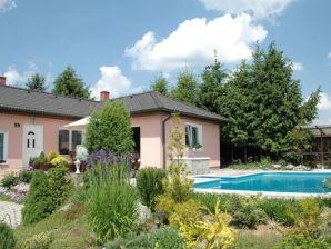 Ferienhaus Huis Brdkova