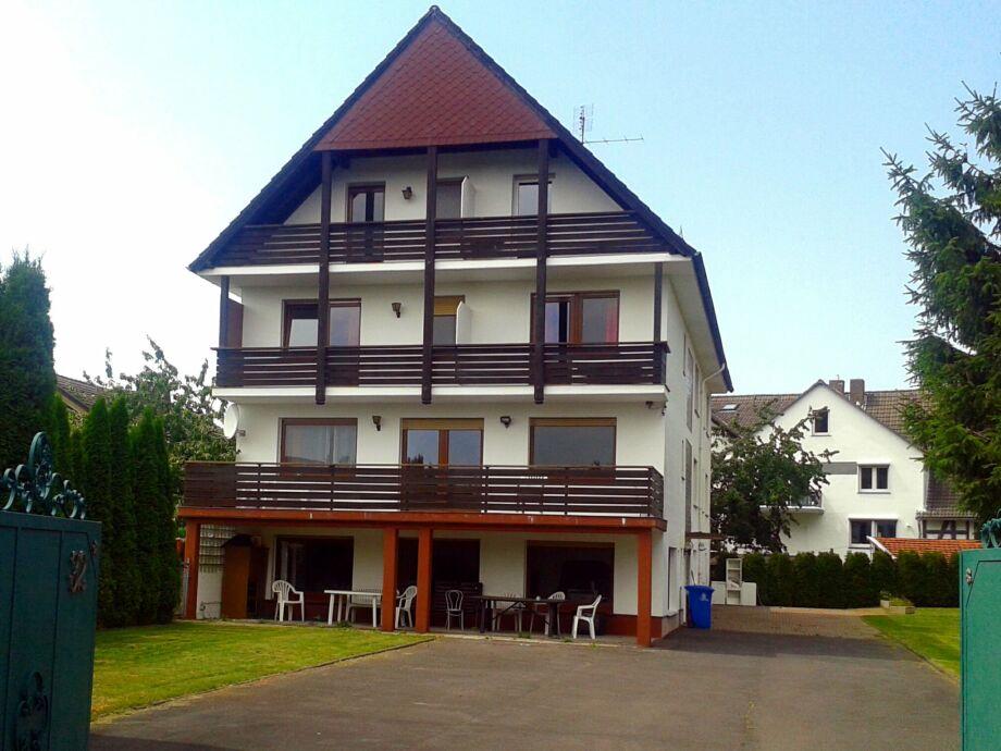 Außenaufnahme Gruppenhaus in Hessen