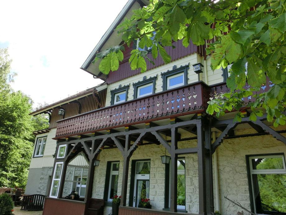 Außenaufnahme Historisches Waldhaus
