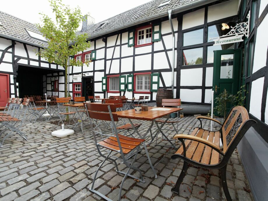 Außenaufnahme Morsbacher Hof III