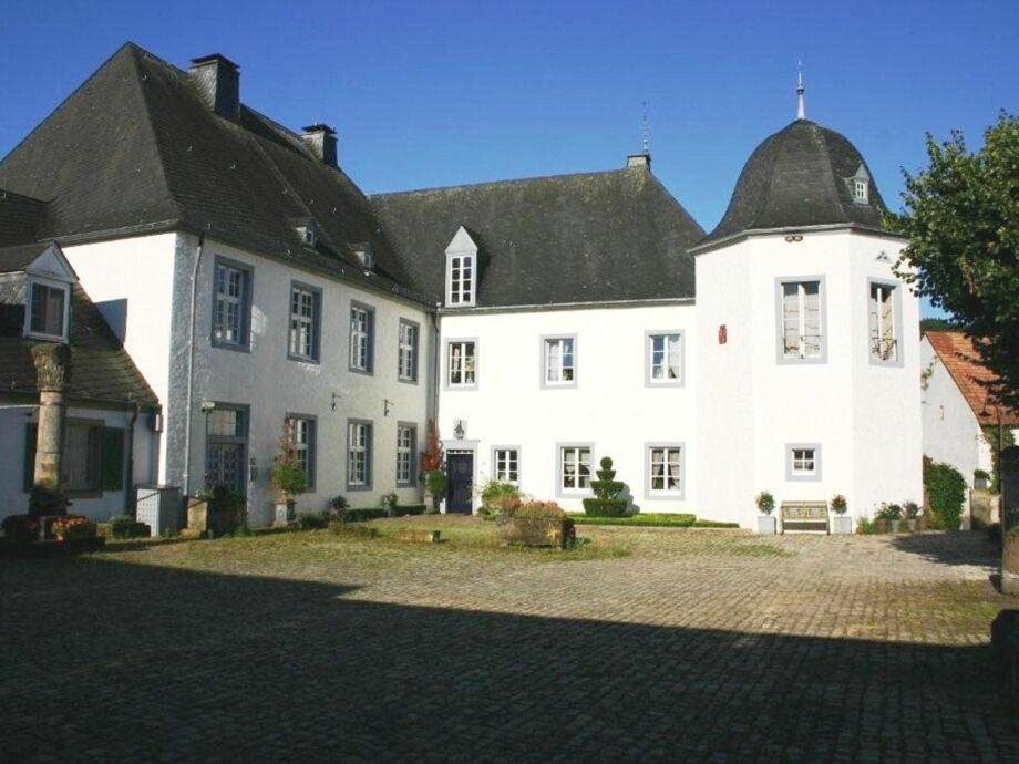 Außenaufnahme Schloss Wolsfeld