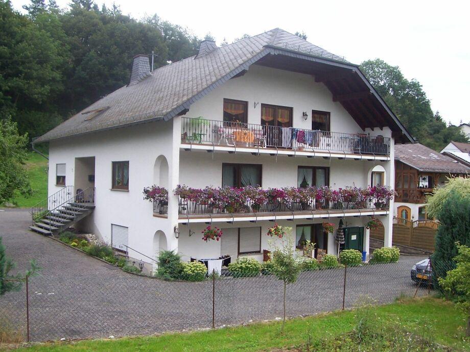 Außenaufnahme Im Elzbachtal