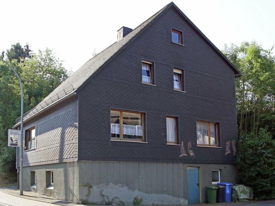 Außenaufnahme Grabenhaus
