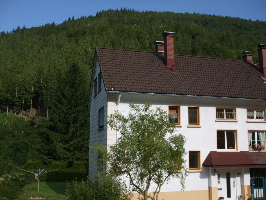 Außenaufnahme Ferienhaus-Post