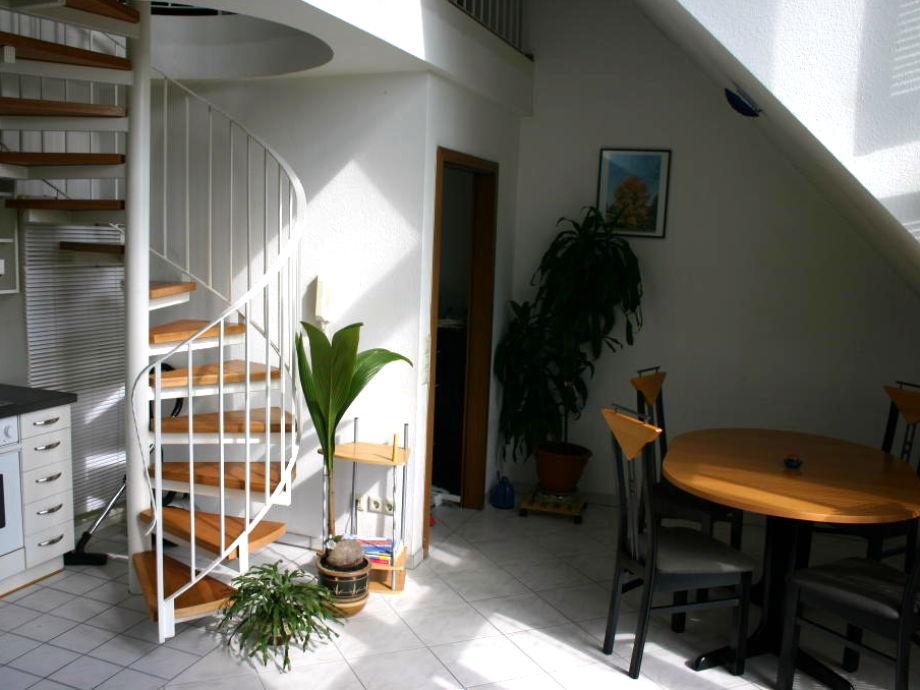 Eingangsbereich und Essecke