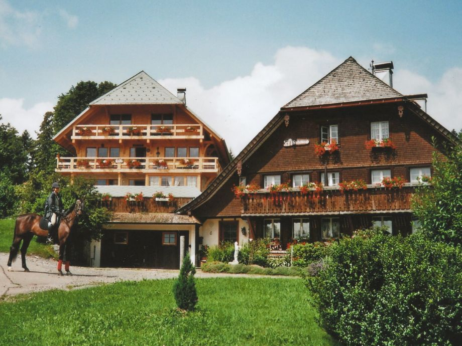Außenaufnahme Schwarzwaldhaus Pferdeklause