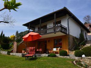 Ferienwohnung Haus im schönen Garten