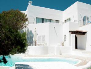 Villa Granma