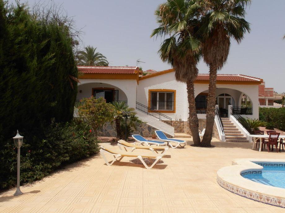 Außenaufnahme Villa Arbol del Roses