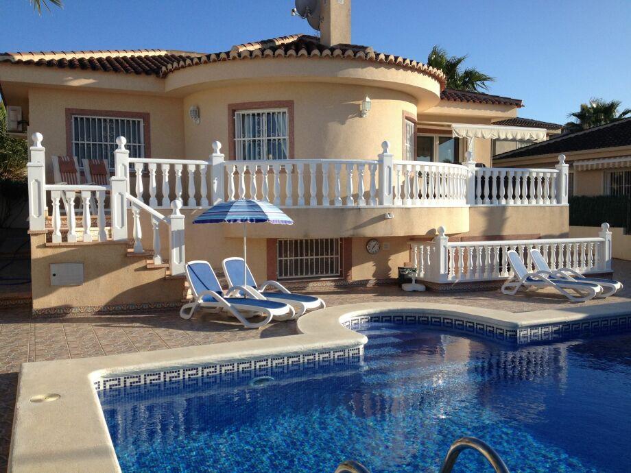 Außenaufnahme Villa Gran Alcaraz