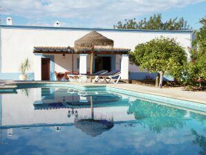 Villa Can Bosque