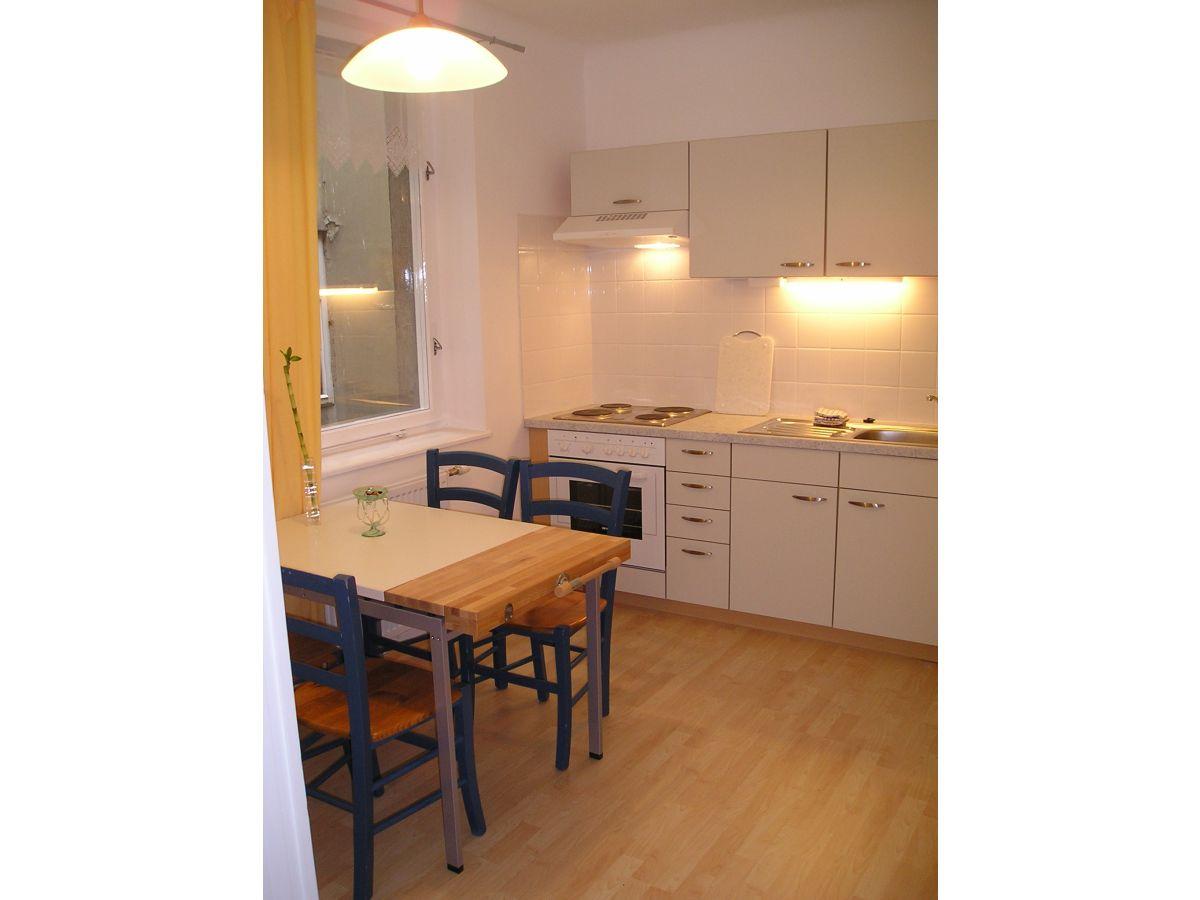 ferienwohnung martinstrasse 11 wien frau elisabeth thienel. Black Bedroom Furniture Sets. Home Design Ideas