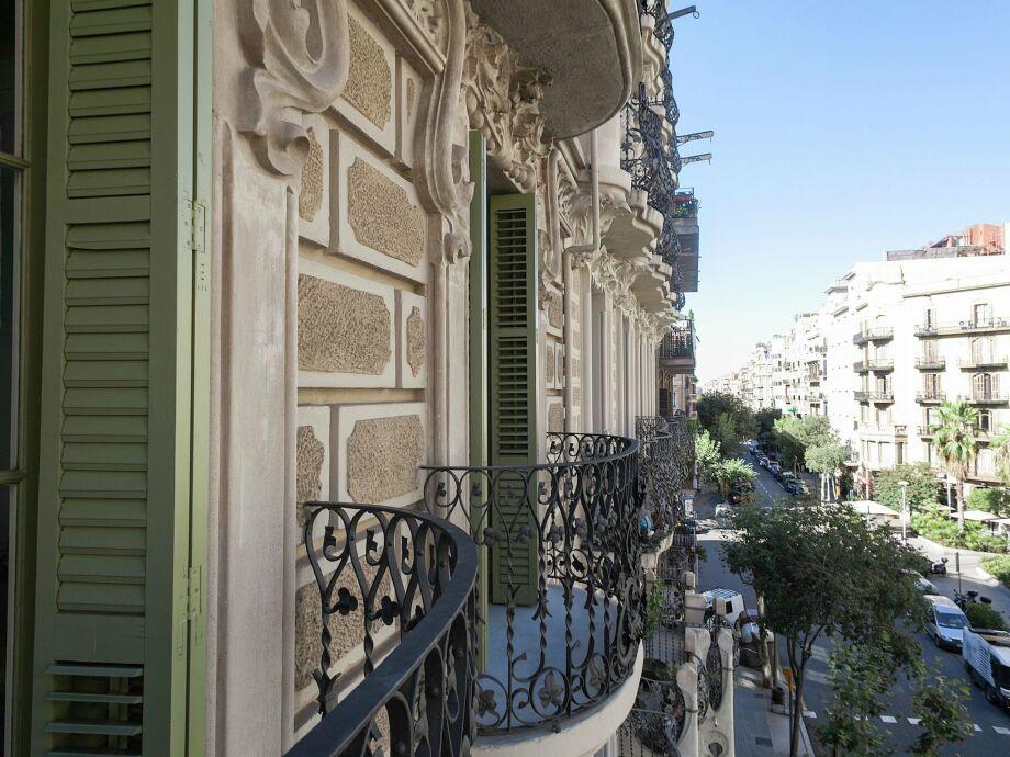 Außenaufnahme Rambla Paris Apartment