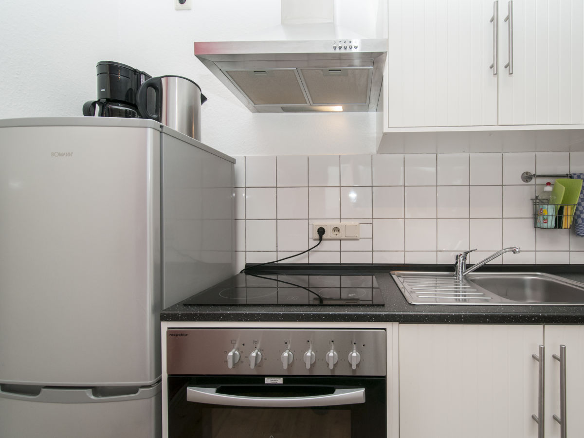 city apartment zentrum hamburg zentrum firma agentur am fischmarkt herr arne zingel. Black Bedroom Furniture Sets. Home Design Ideas