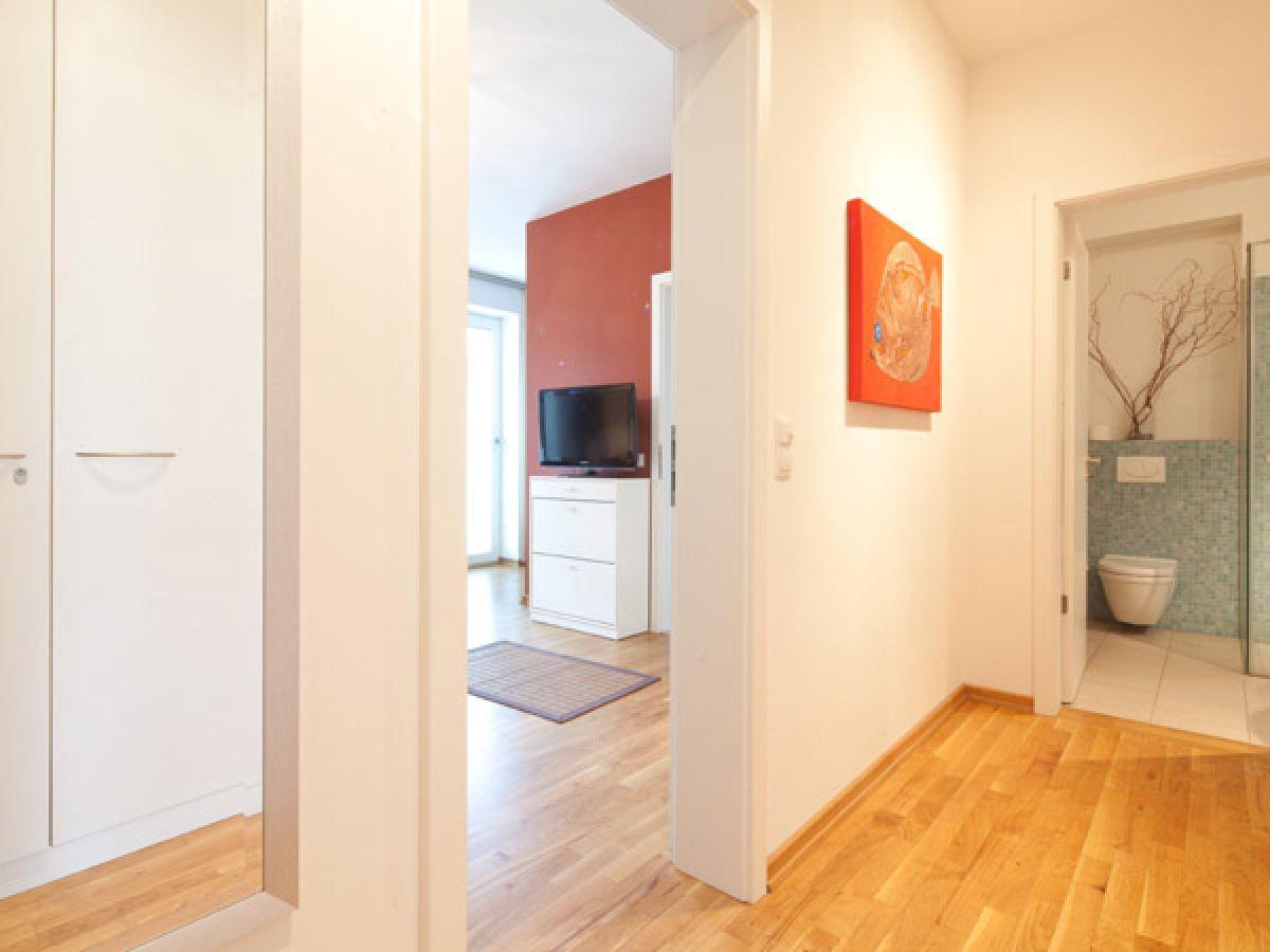 ferienwohnung hafencity elbblick hamburg innenstadt hafencity firma agentur am fischmarkt. Black Bedroom Furniture Sets. Home Design Ideas